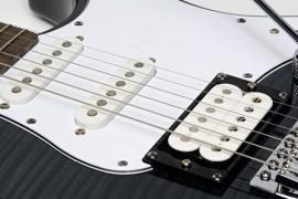 Yamaha Pacifica 212 VFM elektriskā ģitāra