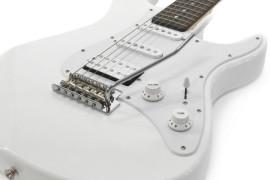 Yamaha Pacifica 012 elektriskā ģitāra